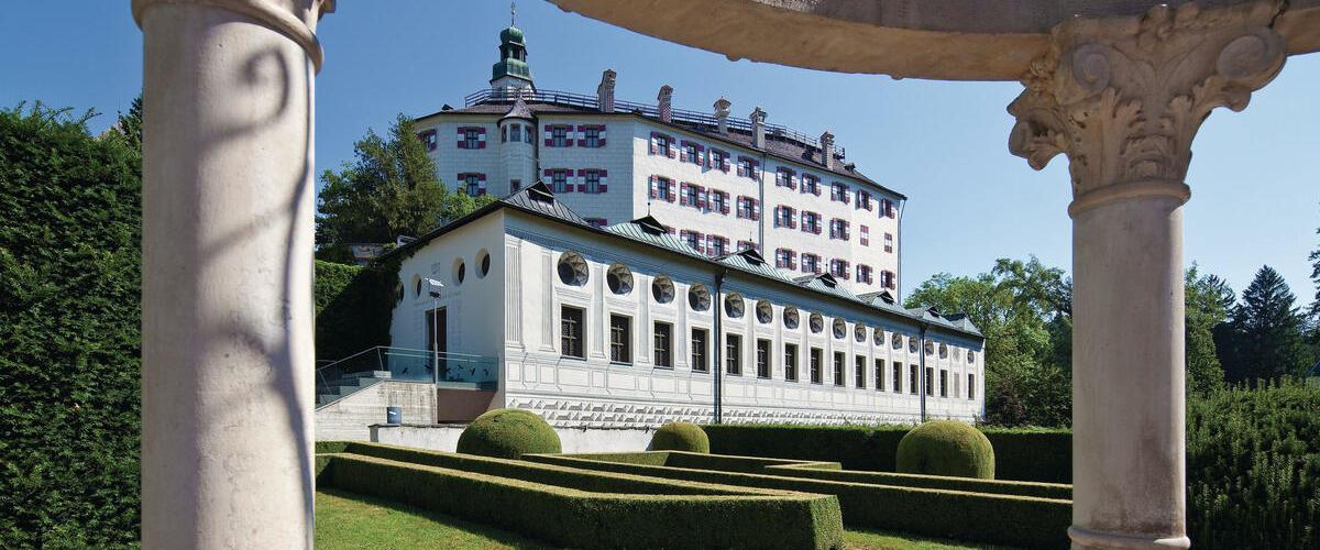 © Innsbruck Tourismus Christof Lackner - Schloss Ambras - 1200x500